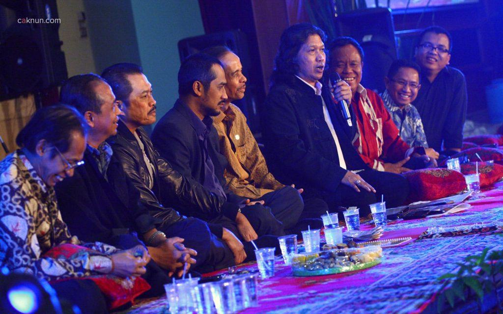 Cak Nun Sarasehan Budaya KPK