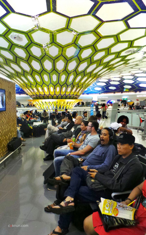 Transit di Abu Dhabi