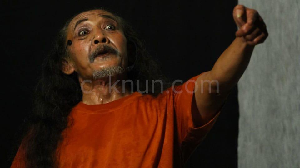 Foto Drama Cahaya dan Sampah 04