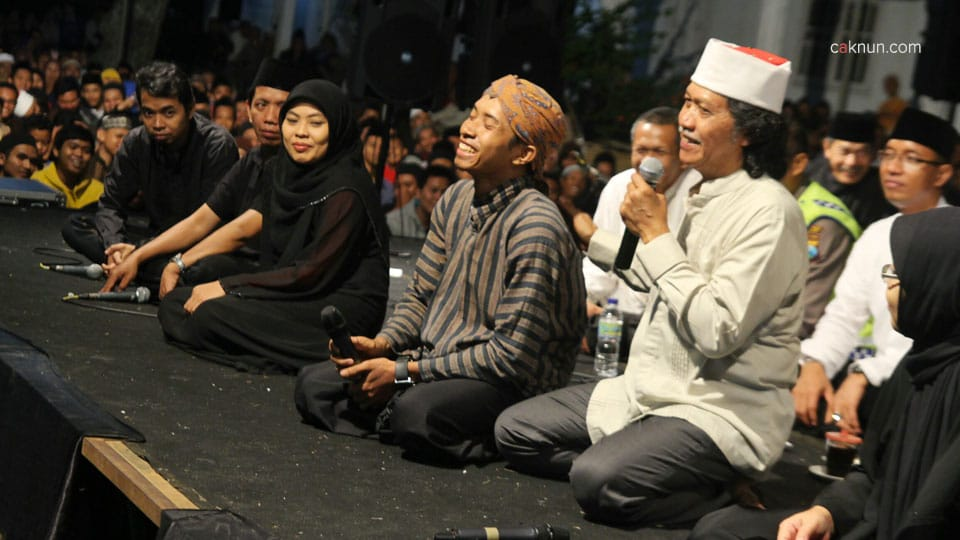 Ngaji Bareng Cak Nun - Pagu - 03