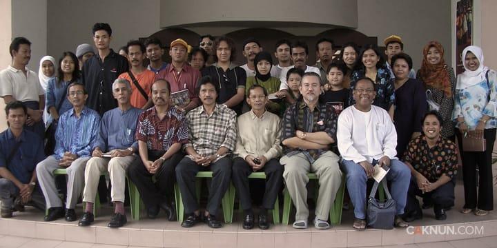 Cak Nun, Raja Ahmad dan masyarakat sastra Malaysia