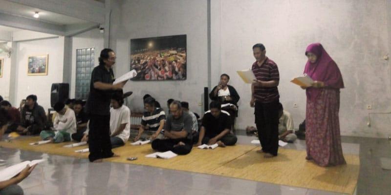 Perdikan Teater dalam Paseduluran Maiyah