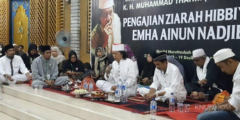 Ziarah Hibbiyah Cak Nun kepada Imam Lapeo