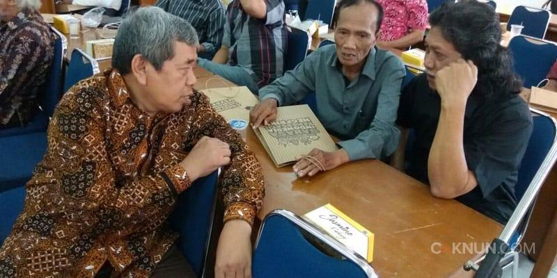 Pak Mustofa W. Hasyim, Cak Munif dan Cak Nun