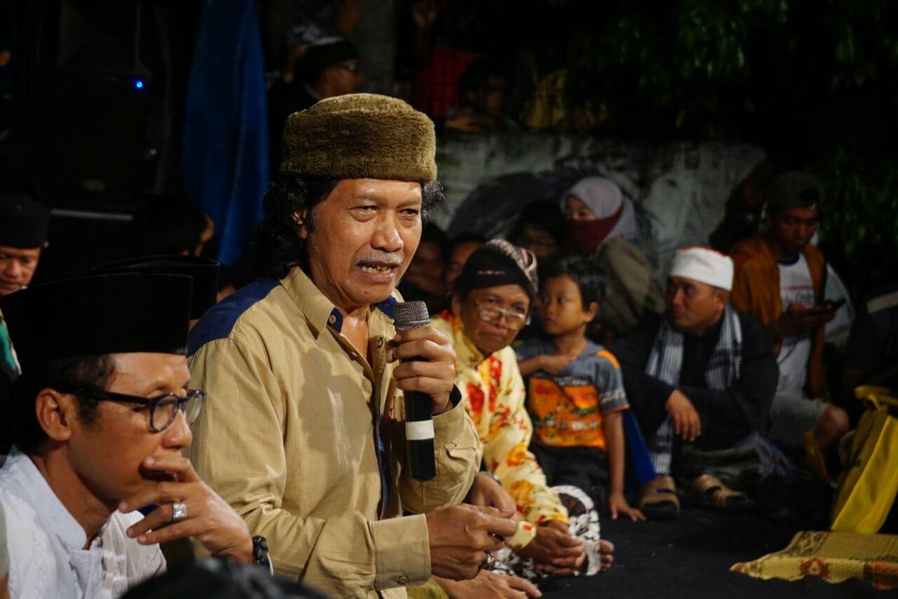 Karena Indonesia Sedang Diculik Naga Raksasa