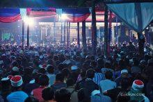 Jamaah tumplek blek menghadiri Padhangmbulan Fuadus-Sab'ah. Foto: Adin