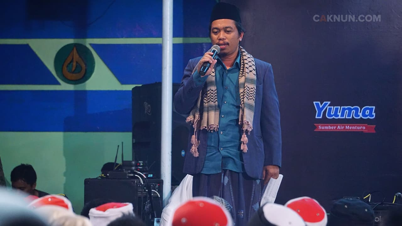 Kyai Muzammil Pembawa Acara Fuadus-Sab'ah