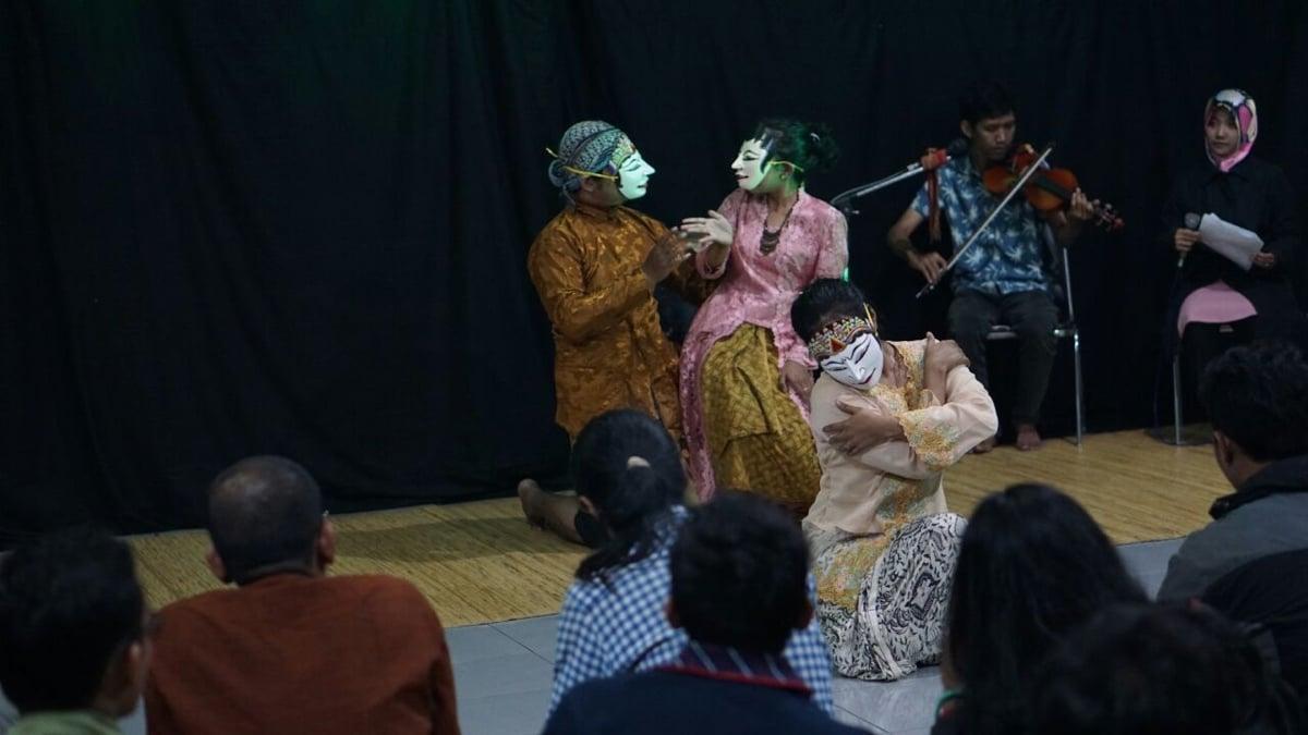 Pementasan teatrikal 'Perempuan Jogja' oleh SPS