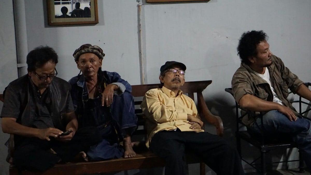 Para senior, dari kiri : Novi Budiyanto, Jemek Supardi, Toto Rahardjo, Hamdi Salad.