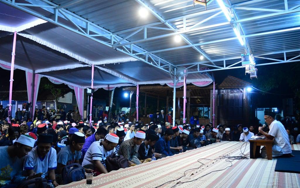 Majelis Masyarakat Maiyah Padhangmbulan Agustus 2017