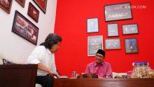 Sore ini, Jumat 27 Oktober 2017, Menteri Agama RI Lukman Hakim Saifuddin sowan ke Kadipiro.