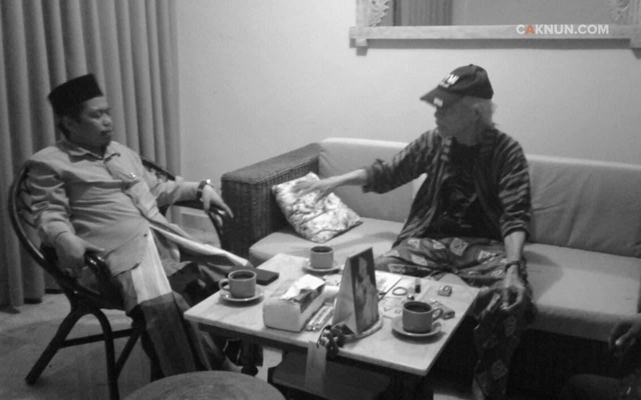 Rezeki Perjumpaan dengan Umbu dan Kyai Ghozali