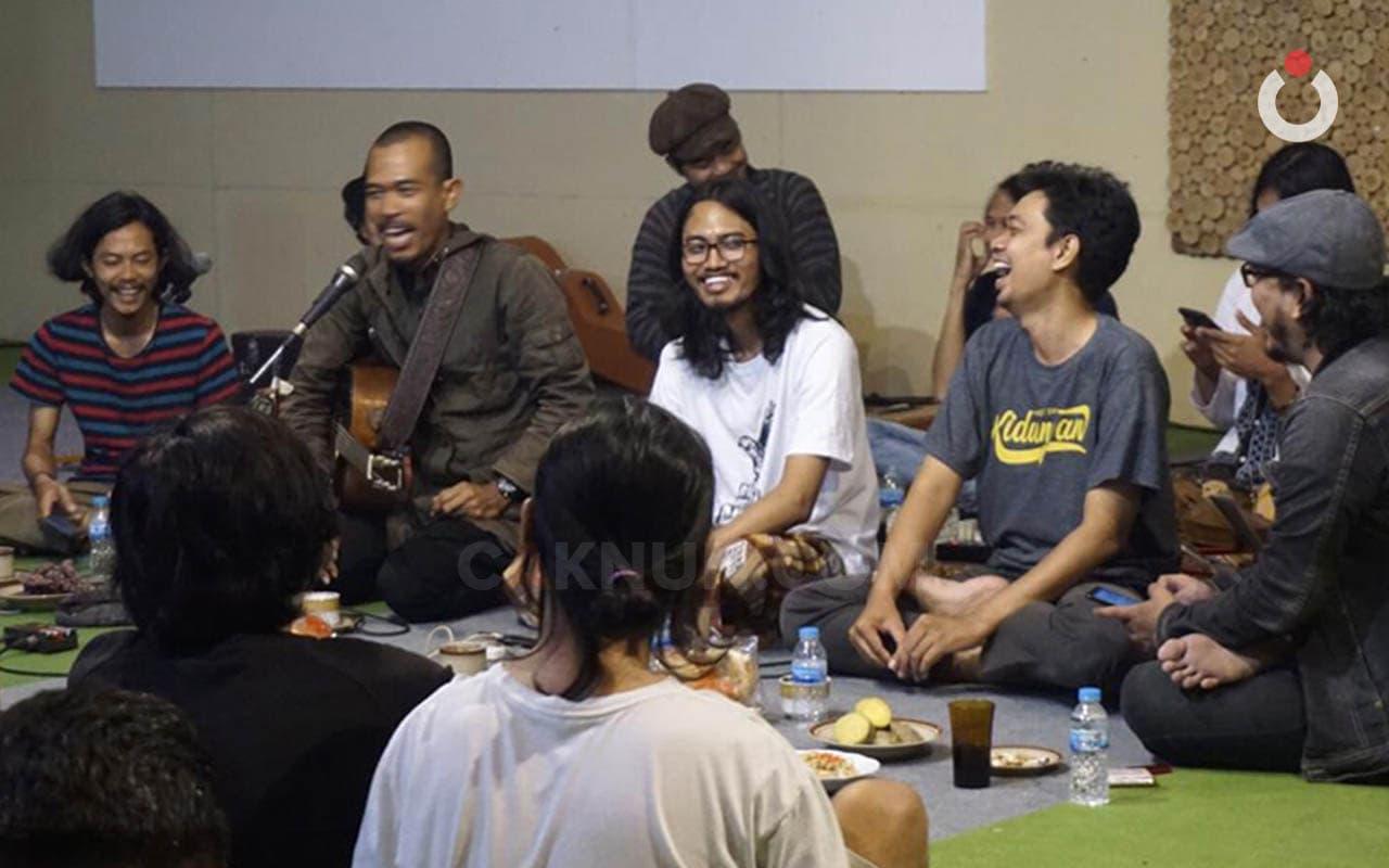Komunikasi Musikal Transendental Masyarakat Maiyah