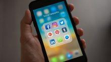 Kubangan Laknat Bernama Media Sosial