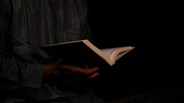 Membaca Surat dari Tuhan (8)